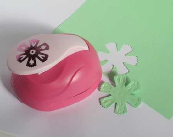 XL - Embossing Punch - Blume 5