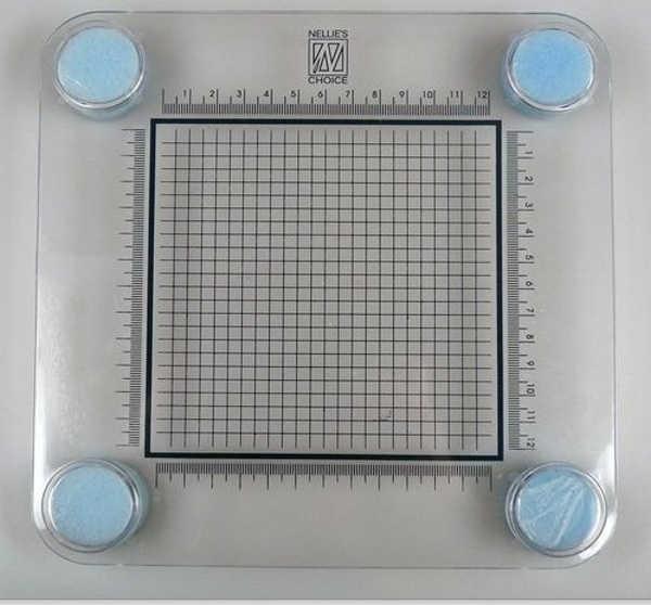 Stamping Buddy / Stempelhilfe mit Maßeinteilungen von Nellies Choice (STB001)